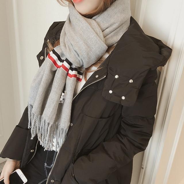 Зима новый твердый шить ТБ полосатый шарф Женщин дикие бахромой длинные шали Студент диких теплый шарф