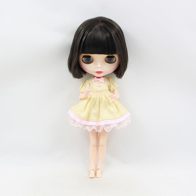 TBL Neo Blythe lutka kratka crna kosa spojena tijela