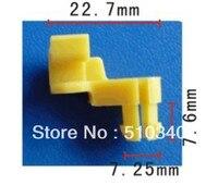 Uyar içine 7.3mm delik plastik kablo kayışı kapı kilidi çubuk klip sol (sürücü) yan durumda toyota için 69293-12040 1994-ON