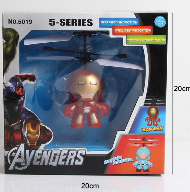 2016 Hot Vendas de super-heróis das Crianças Voar Brinquedos de super-heróis de Brinquedo Aeronaves Indução RC Helicóptero Voando Melhores Presentes para Crianças