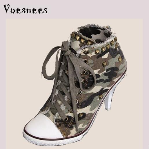 все цены на Pumps 2018 Sexy Spring Shoes High-top Lace-up High-heeled Cowboy Camouflage Canvas Rivets Student Shoe Plus-size 34-41
