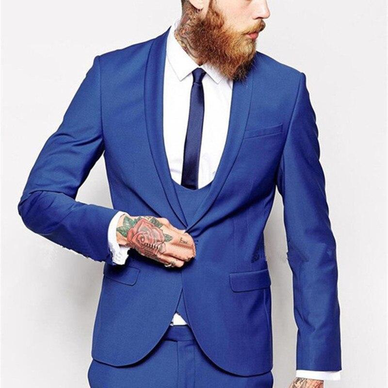 f4a27a573ec1 2017 Custom Made Azul Royal Homens Terno Clássico Noivo Smoking Homens  vestido de Blazer colete Dos Homens Noivo ternos (jaqueta + Calça + Colete  + Gravata) ...