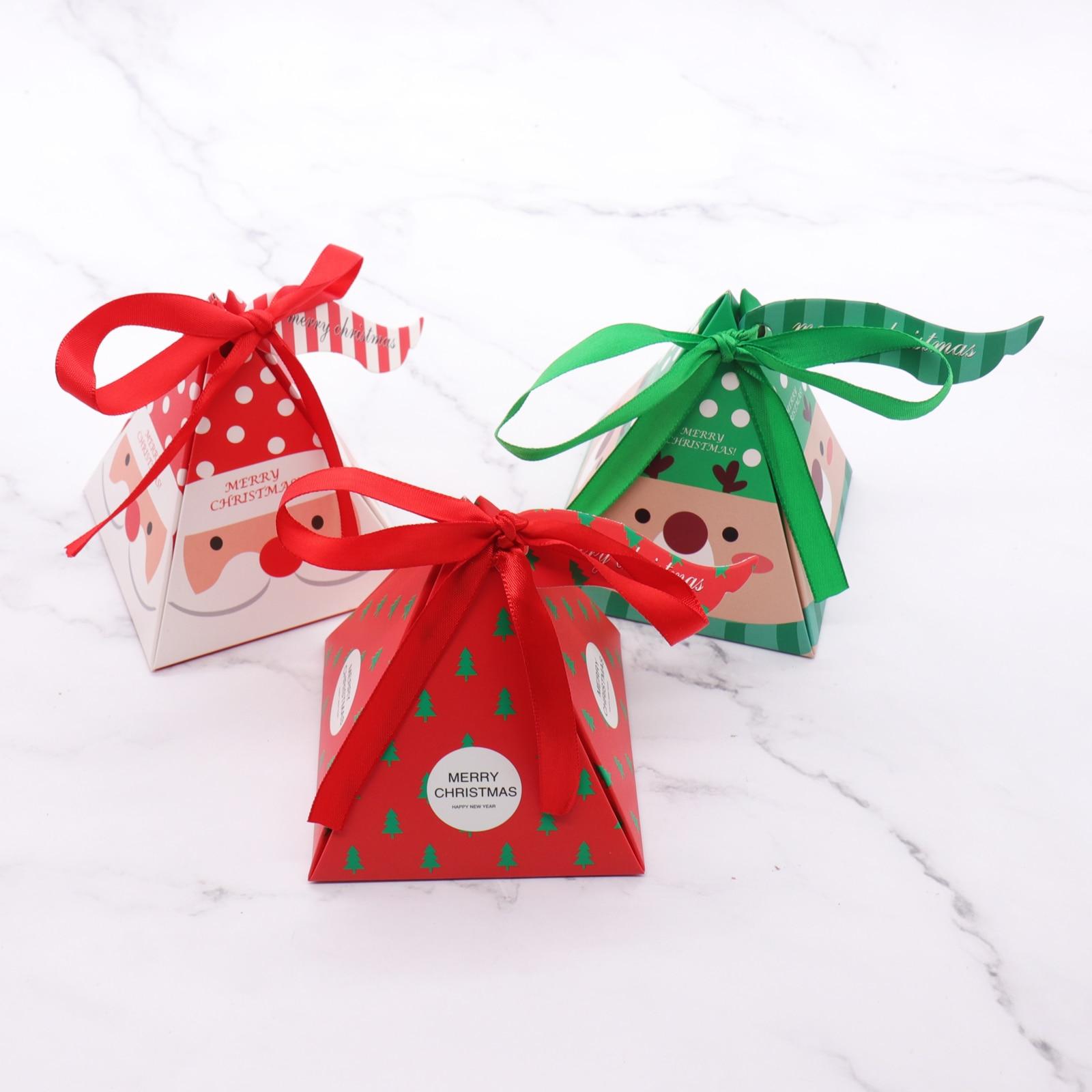 7.5x7.5x9.5cm 10 PCS/Set Merry Christmas Candy Box Bag Christmas Tree Paper  Santa Claus Gift Box Pyramid Party Chocolate Box