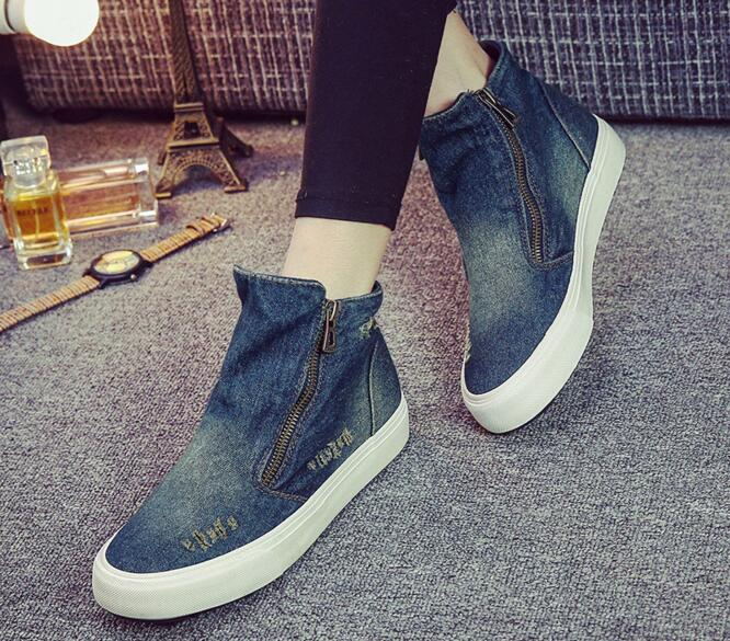 ФОТО Side Zipper Women Flat Heel Denim Shoes Ankle Shoes New 2017 Ladies Round Toe Distressed Ripped Denim Flats Free Shipping