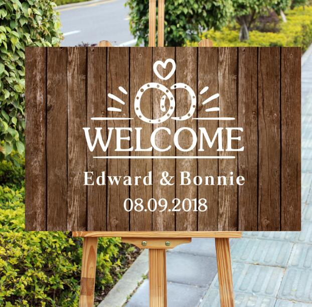 Unique Wood Wedding Welcome Sign,Personalized Name And Heart Wedding Entrance Welcome Sign,Rustic Mr Mrs Welcome Wedding Sign