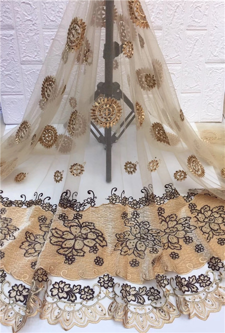 Hot sale! Nigerian new lace fabric velvet, high quality lace embroidered French lace Christmas dressHot sale! Nigerian new lace fabric velvet, high quality lace embroidered French lace Christmas dress