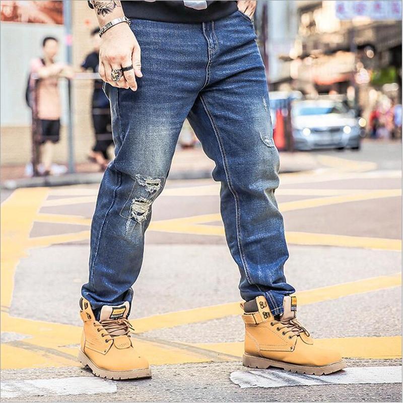 2018 Men Jeans Famous brand Casual Large Size Loose Blue Jeans Stretch Denim Hole Pants Trousers Classic 44 47 48 -28 XL-7XL 42