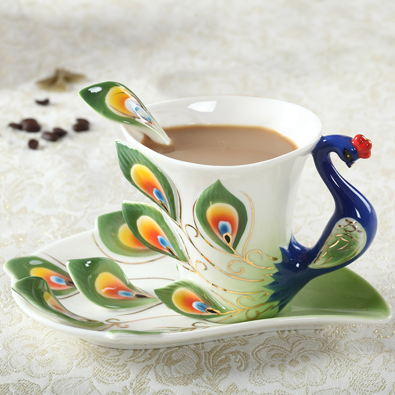 1 Pcs Peacock Coffee Cup Ceramic Creative Cups Bone China 3D Color Enamel Porcelain Cup with Saucer and Spoon Coffee Tea Sets Стол
