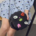 Female bag 2017 spring and summer in the Korean version of the new cartoon badge buns single shoulder bag