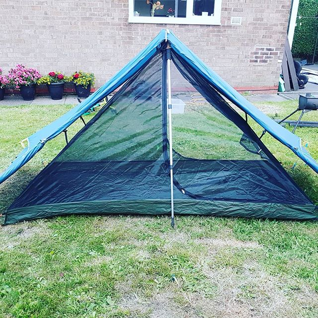 tenda de acampamento ao ar livre caminhadas