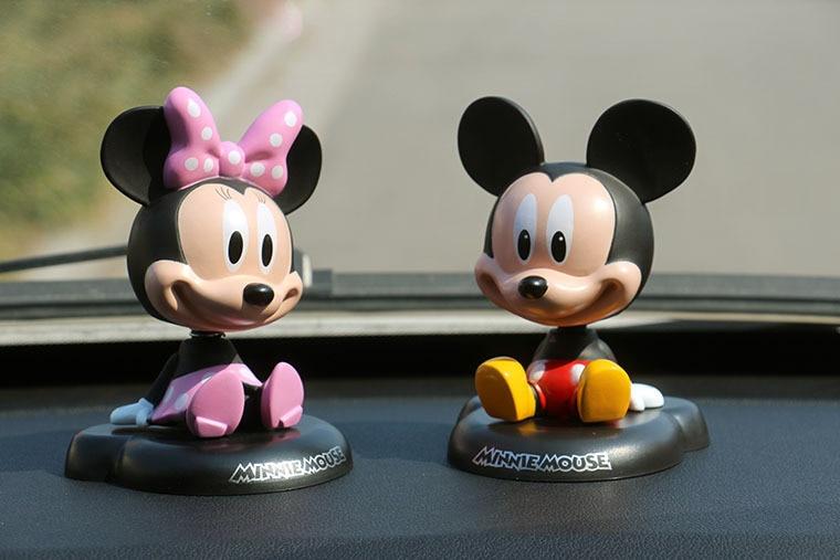 Scrivania In Legno Minnie Mouse : Divertente vinile sveglio di mickey minnie mouse primavera annuendo