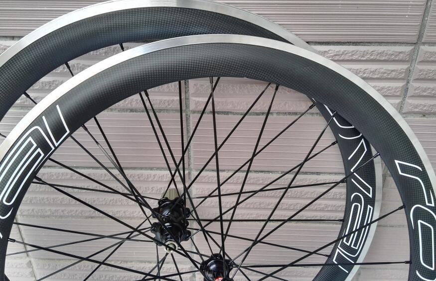 700c chinese factory carbon clincher road bike wheels 50mm alloy brake surface ceramic custom sticker width 25mm 700c custom sticker chinese carbon cyclocross road bike disc clincher wheels 38mm qr front 9 100mm rear 9 135mm