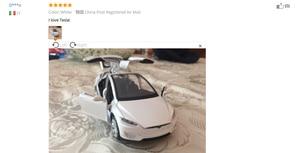 Image 2 - Модель автомобиля из сплава в масштабе 1:32 Tesla Model X, металлические игрушечные автомобили с откидной задней мигающей музыкой, детские подарки, бесплатная доставка