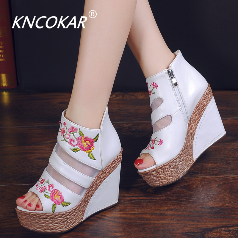 2019 New Summer Net Boots And Sandals With Thick Bottom Slope Heel Women's Shoes Ethnic Embroidered Cheongsam Shoes Princess