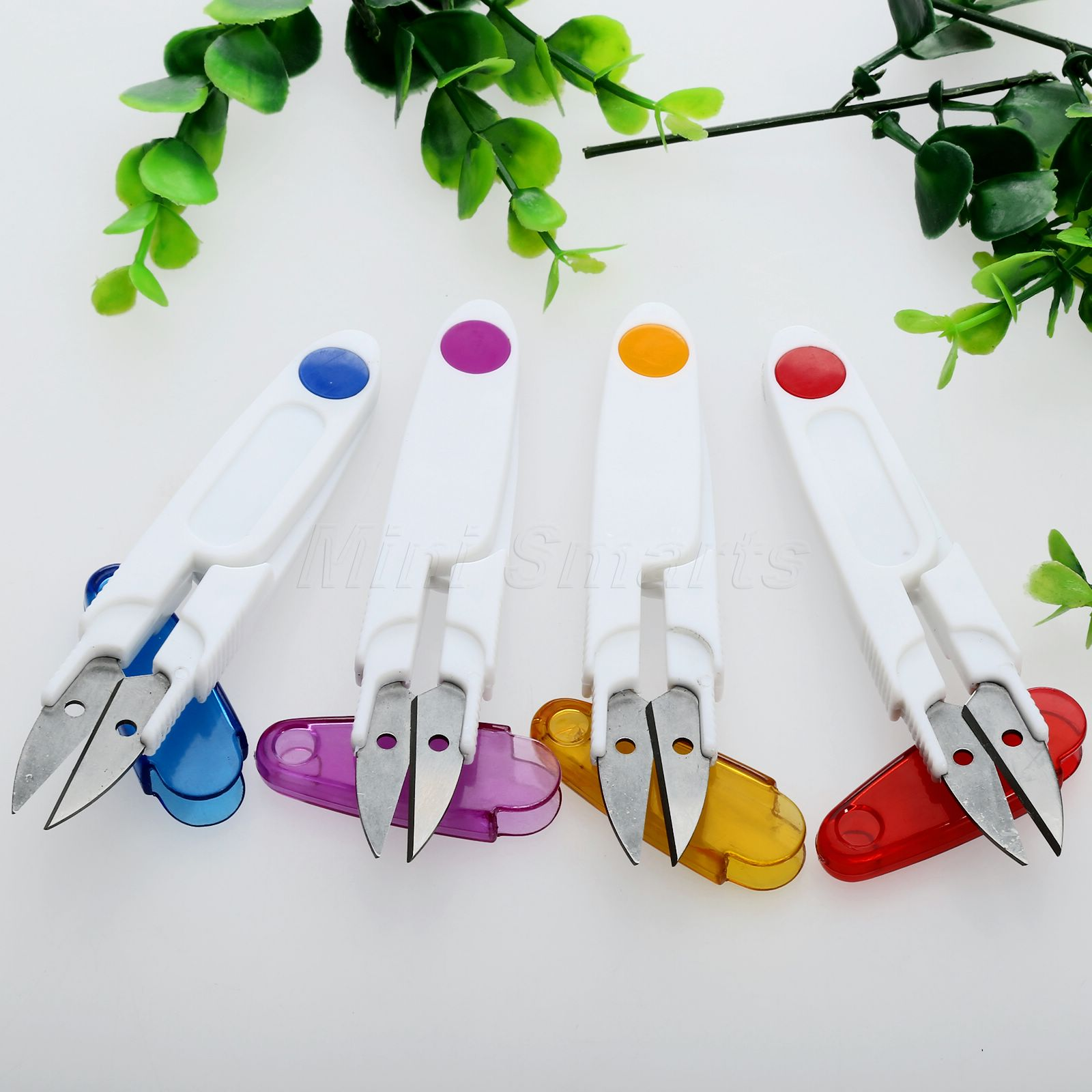 1x Röd / Gul / Lila / Blå Plast Hantering Sy Snip Thread Cut Scissors Cross Stitch DIY Craft Home Praktisk Novelty Tool