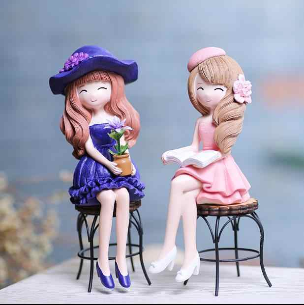 1pc Creative Miniature Figurine Beauty Girl With Chair Resin Crafts Ornament Dolls Girl Bedroom Decoration E509