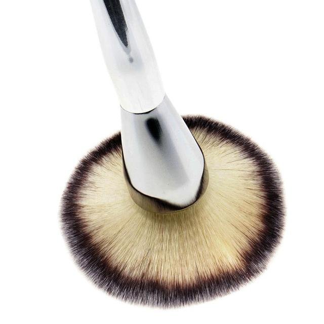 1 PC Hot Beauty Large Face Blush Powder Silver Foundation Handle Brushes New Makeup Cosmetic Tool Makeup Brushes