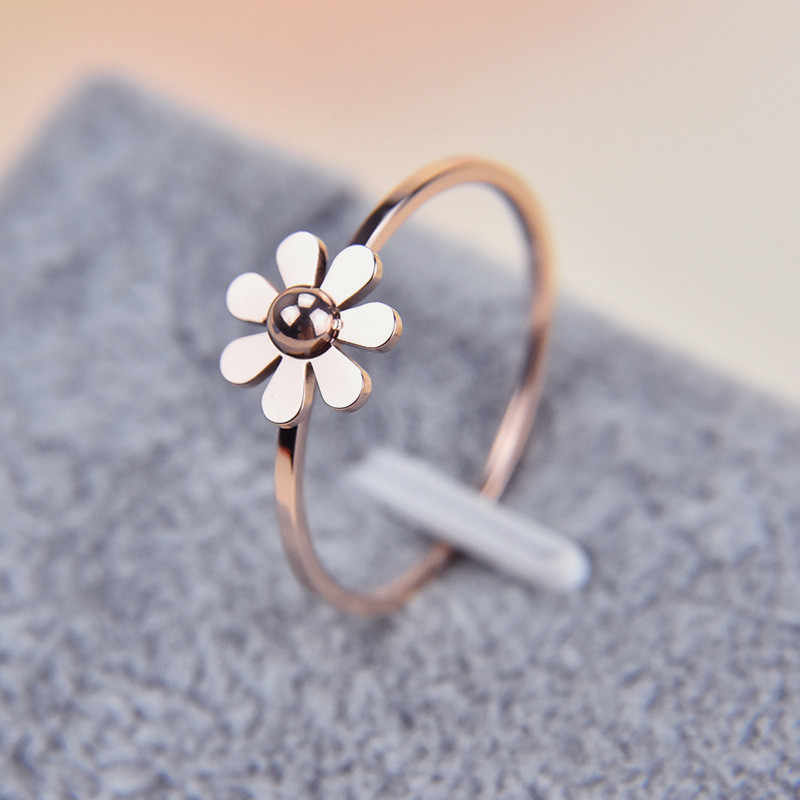 Martick New Fashion Camellia Design Stainless Steel Rings Beautiful Daisy For Women Jewelry Rings R470