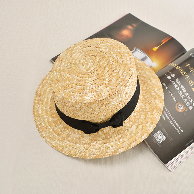 2017 Hot Lady Boater sun caps Ribbon Round Flat Top Straw Fedora Panama Hat  summer hats b5b98f82d6a