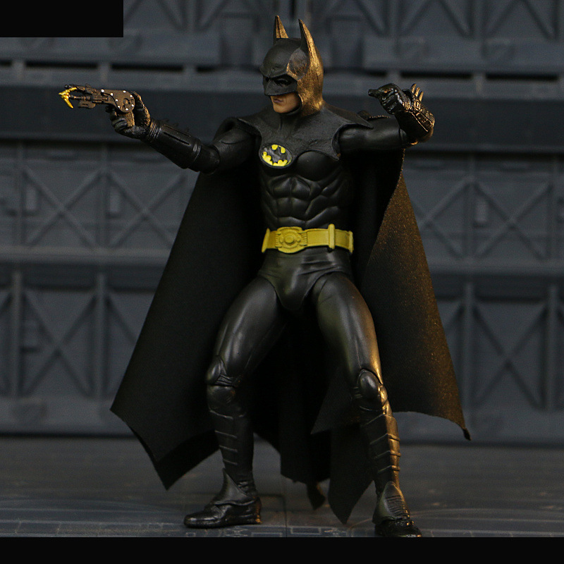 NECA 1989 Batman Michael Keaton 25th Anniversary PVC Action Figure Collectible Model Toy