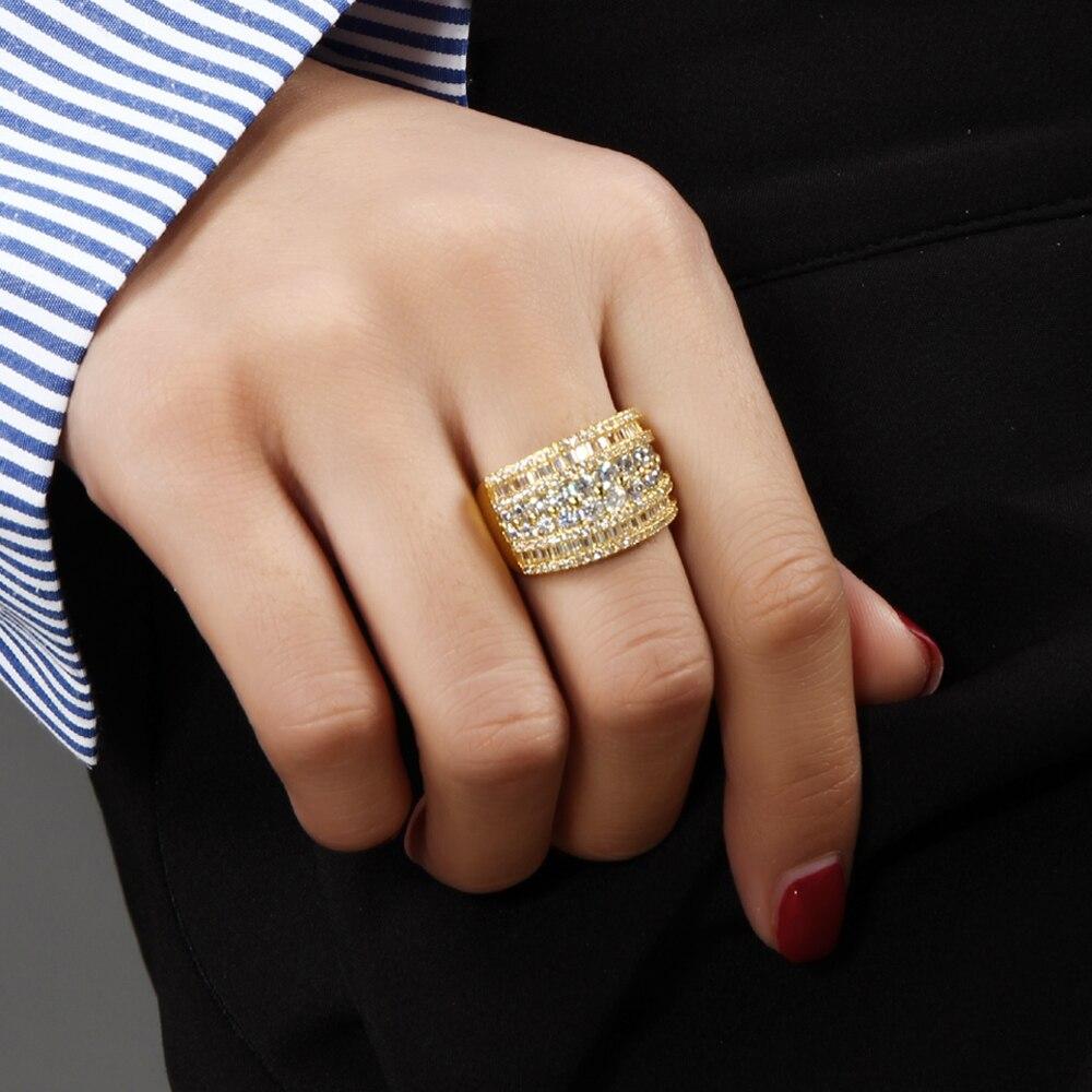 Unique Fashion Design anneau de charme clair AAA cristal de zircone cubique Luxe Or / Or Blanc couleur Large Femme Bagues Bijoux