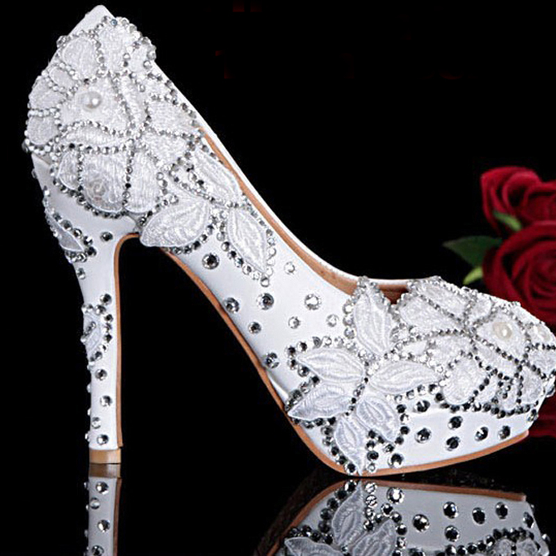 2018 Handmade White Flower Wedding Bridal Shoes Match Wedding Dress Shoes for Anniversary Party High Heel Shoes2018 Handmade White Flower Wedding Bridal Shoes Match Wedding Dress Shoes for Anniversary Party High Heel Shoes