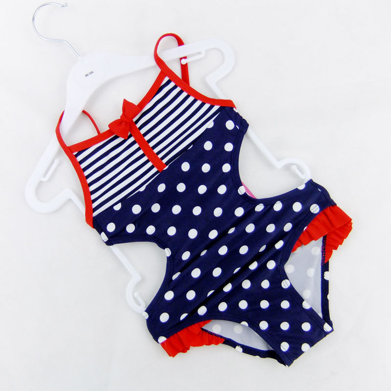 2015 New Europe and American Children swimsuit Girls one-piece Polka Dot swimwear Girls bathing suit wholesale