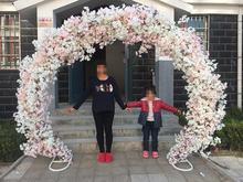 цена Sakura Arch Round Flower Gate Wedding Truss Arch European Arch Iron Art Arch Wedding Flower Gate Frame Square онлайн в 2017 году