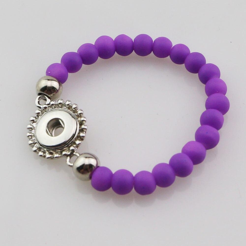 En gros 30 pièces mélanger les couleurs de mode 15 cm longueur à la main élastique en caoutchouc acrylique perles 12mm bouton pression Bracelet pour enfants filles-in Charme Bracelets from Bijoux et Accessoires    2