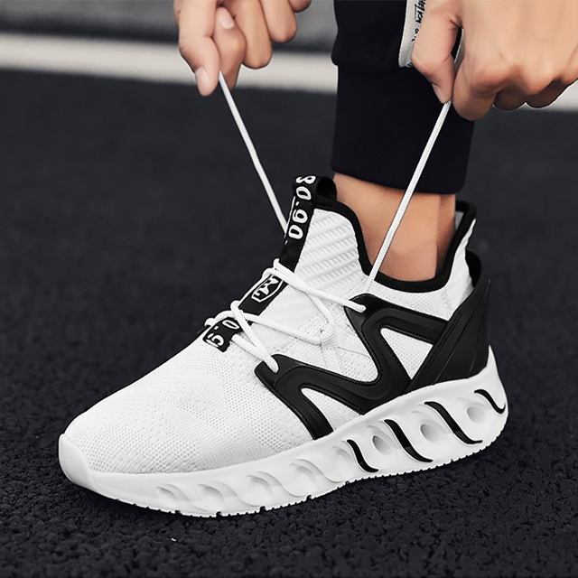 Joomra 2019 New Light Running Shoes For Men Breathable Outdoor Sport