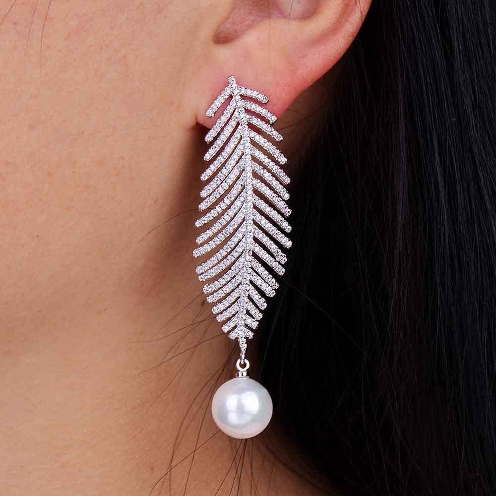 ГОДКИ луксузни модни дизајн ААА кубни - Модни накит