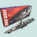 Envío libre kunming destructor del misil teledirigido modelo de montaje eléctrico de engranajes de doble apoyo powered buque de guerra diy juguete regalo de los niños azul marino