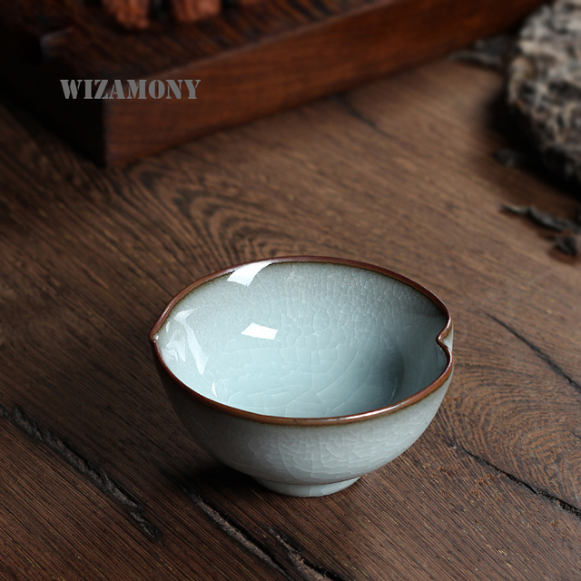 WIZAMONY Chinese Longquan Top Grade Celadon Porcelain Gaiwan China Teacups Tea Bowl 60ml For Art Collection Loving Heart Tea Cup