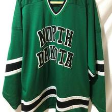 Vintage 1993-95 North Dakota Fighting Sioux Hockey Jersey Embroidery  Stitched Customize any number and 20f573b16