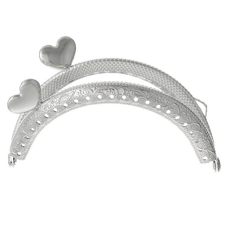 TFTP-1PC Metal Frame Kiss Clasp Arch For Purse Bag Silver Tone Heart Pattern fggs 1pc metal purse bag frame kiss clasp lock silver tone size 16 5x9 5cm
