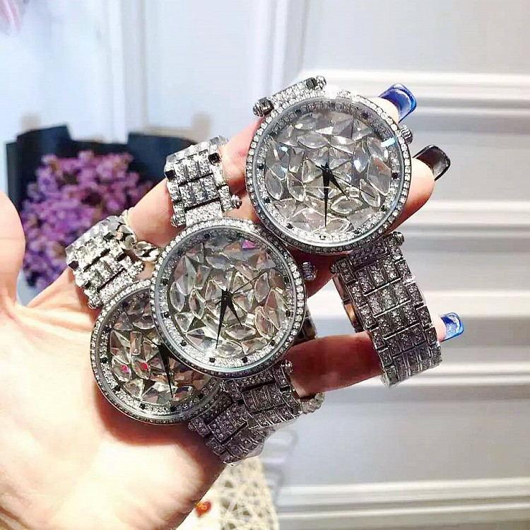 Femmes grand diamant Bracelet montres! cristal de luxe femmes Bracelet montre femme Mashali robe montre dames strass montresFemmes grand diamant Bracelet montres! cristal de luxe femmes Bracelet montre femme Mashali robe montre dames strass montres
