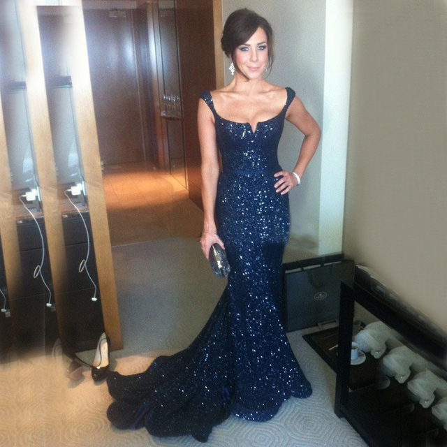 2018 Sparkly Sequined Lace Mermaid Navy Blue Long Prom Bridesmaid