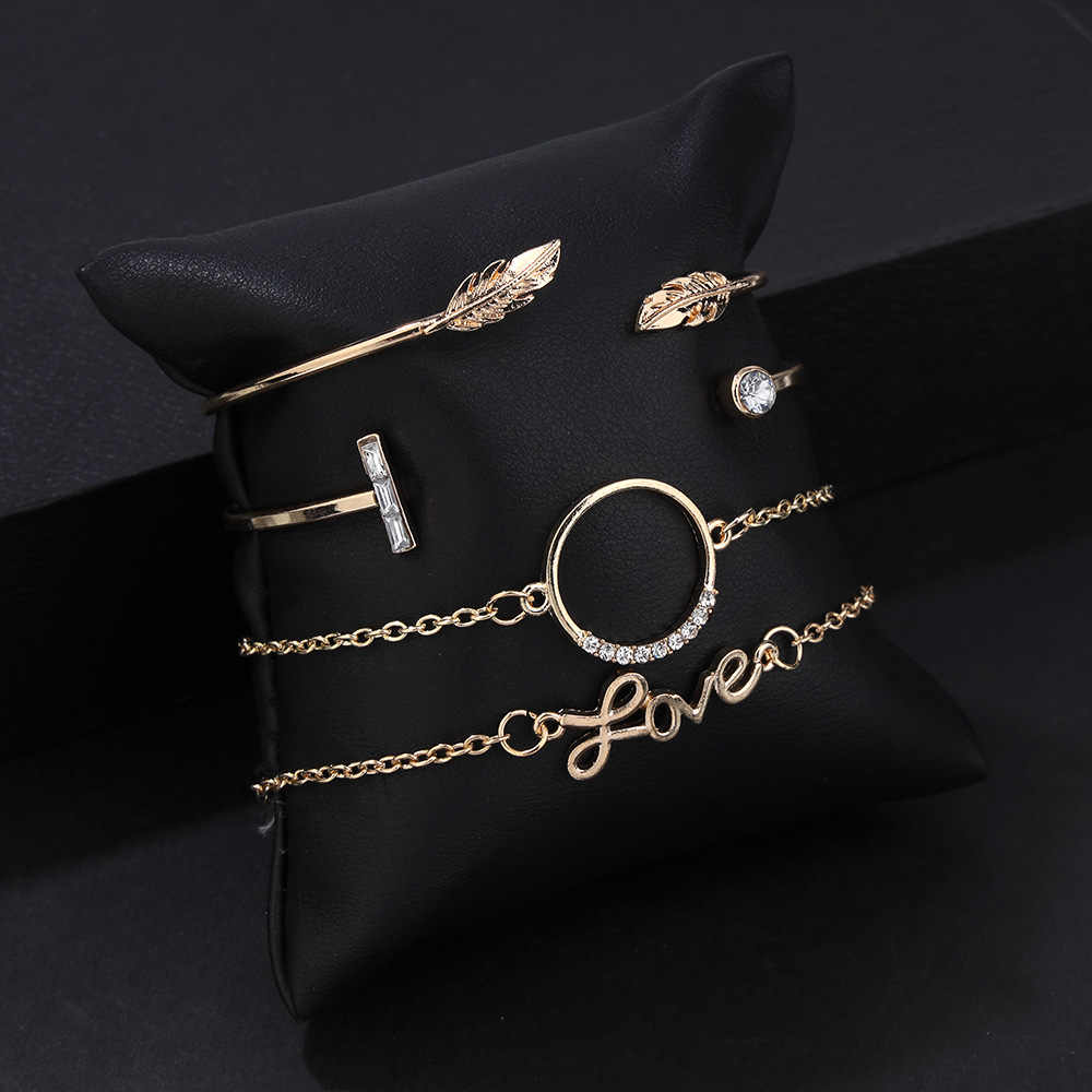 4 Pcs/set Retro Bangle Gold Crystal Circle Letter Leaf Open Bracelet Set Women Charm Party Wedding Jewelry Accessories