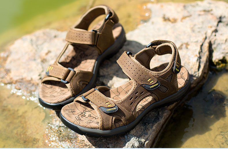 Hot Sale New Fashion Summer Leisure Beach Men Shoes High Quality Leather Sandals The Big Yards Men\`s Sandals Size 38-45 (24)