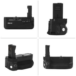 Image 3 - Mcoplus BG A7II Vertikale Batterie Griff Halter für Sony A7II A7S2 A7S A7M2 A7R2 A7R II als VG C2EM Kamera Meike MK A7II