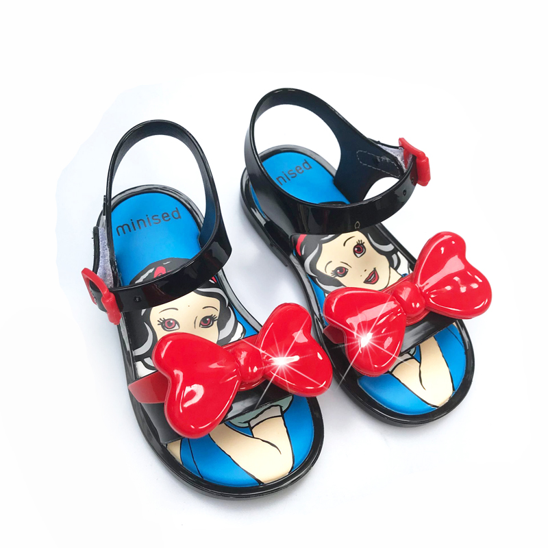 Mini Melissa Style Girls Shoes 2019 New Summer Princess Jelly Shoe Girl Non-slip Kids shoes Beach Sandal Toddler SandalsMini Melissa Style Girls Shoes 2019 New Summer Princess Jelly Shoe Girl Non-slip Kids shoes Beach Sandal Toddler Sandals