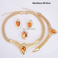 Top Quality 24K Gold Plated Wedding Accessories Bridal Jewelry Sets Fashion New Champagne Acrylic Rhinestone Necklace Sets