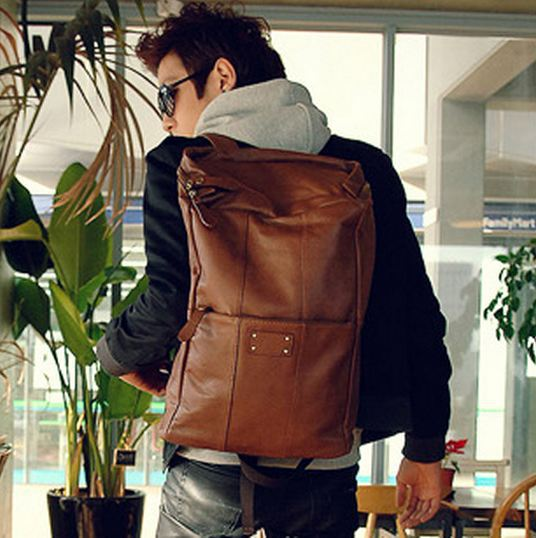 Charm in hands ! 2014 schoolbags good quality mochila PU leather men's backpack men's travel bag large capacity backpack LM1326 рюкзак still charm a052 2014