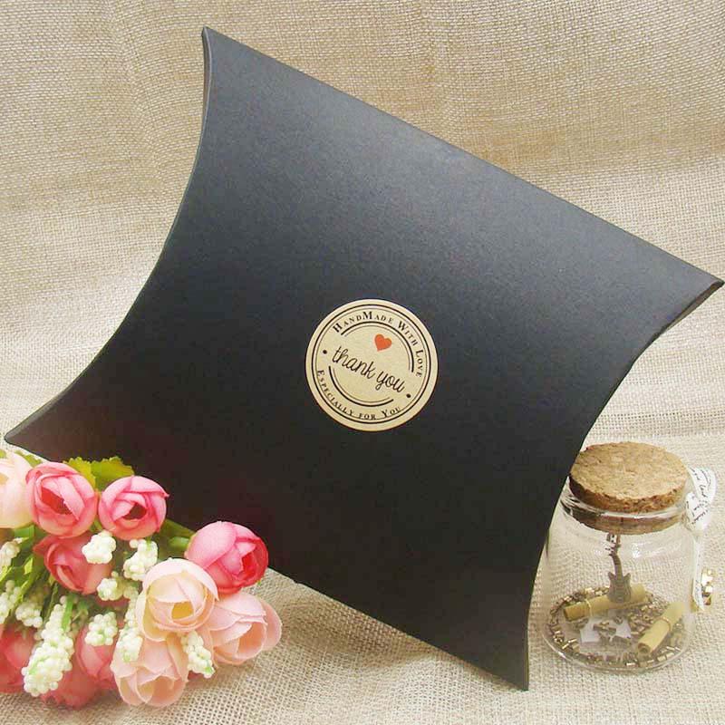Wedding Gift Boxes 30pcs New Style Black/Kraft/white  Pillow Shape Wedding Favor Gift Box ,Party Candy Box Festival Supplies