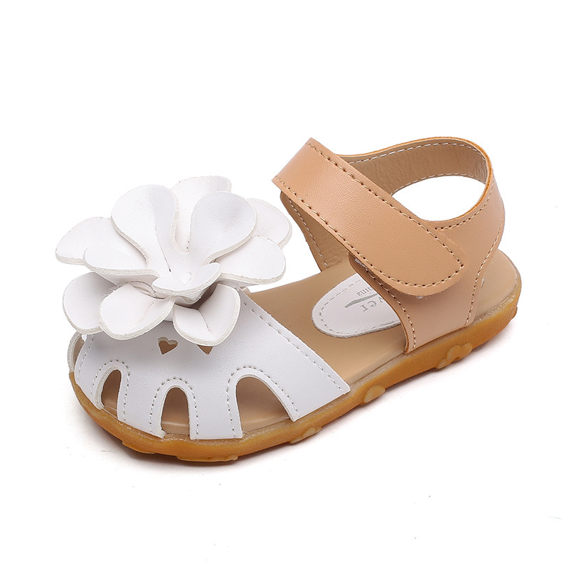 sandals for beach Pink hollow cute flowers summer shoes boys Beef soft bottom leather sandals girls childrens sandals