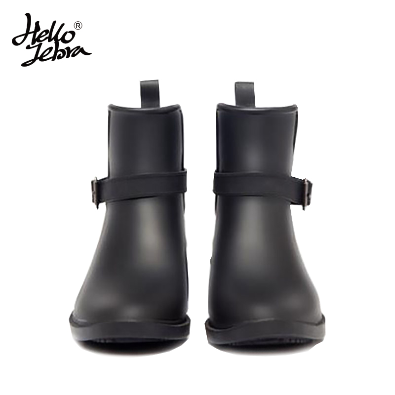 Hellozebra Women Fashion Solid Rain Boots Ladies Ankle Charm Rubber Low Slip On Waterproof Rainboots 2018 New Fashion Design hellozebra women rain boots waterproof fashion rubber elastic band solid color raining day shoes low heel 2017 autumn new