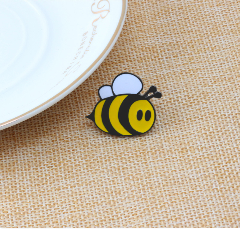 57d0ec834 Fashion Brooches Cartoon Cute Bee Fly Insect Brooch Kids Girls ...