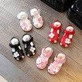 Девушки пляжные сандалии 2017 летние новые моды цветы кожа мягкое дно девушка сандалии Баотоу принцесса обувь детская обувь обувь песок