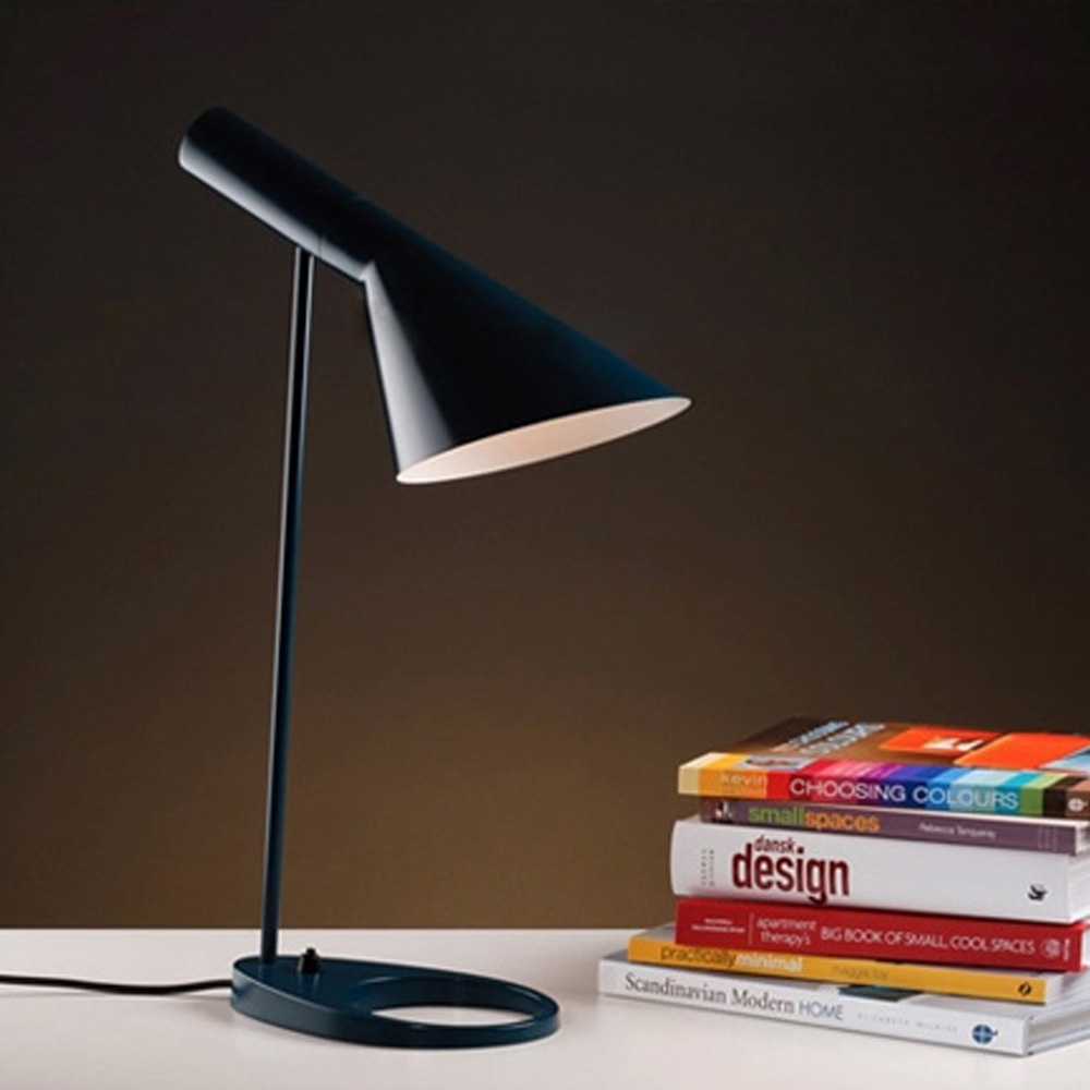 Table lamp height - Brief Italy Style White Black Table Lamp Modern Office Bedroom Book Light 22