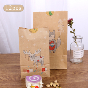 Image 2 - 12PCS חג המולד קראפט שקית נייר חג המולד מדבקות סט שועל איילים מתנת נייר שקית מדבקות חג המולד סוכריות מזון עוגיות אריזה נייר שקיות